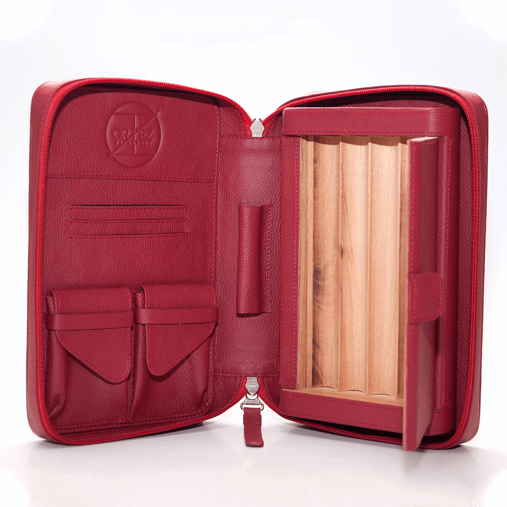 Red Churchill Cigar Case